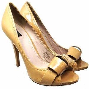 Joah & David Women's Shoes Sz Us 9.5M Beige Heels